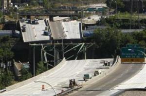 35W Bridge Collapse via Reuters